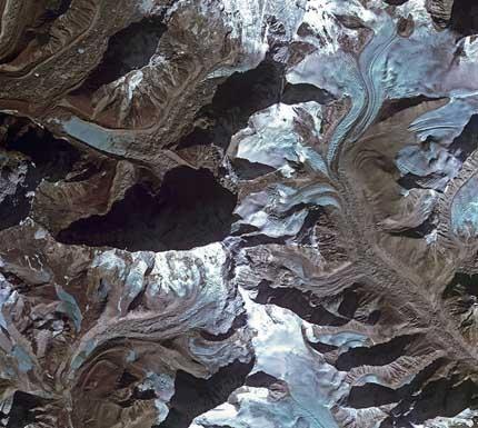 Imja_glacier_Himalayas_large