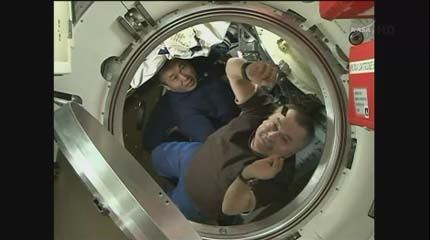 Soyuz TMA-11M regresso 01