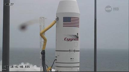 Cygnus Orb-2 06