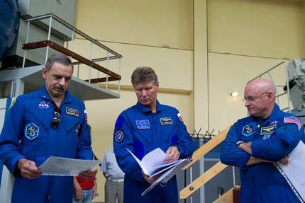 Soyuz TMA-14M 03