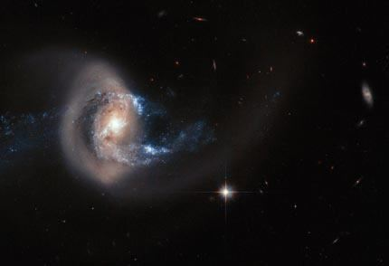 Hubble_image_of_NGC_7714_large