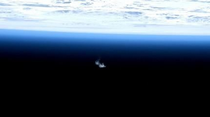 ATV-5_reentry_seen_from_space_large