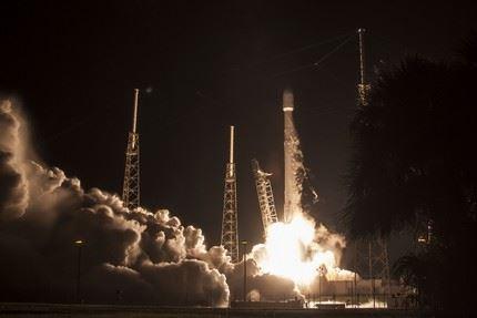 Falcon-9_JCSat-16 6