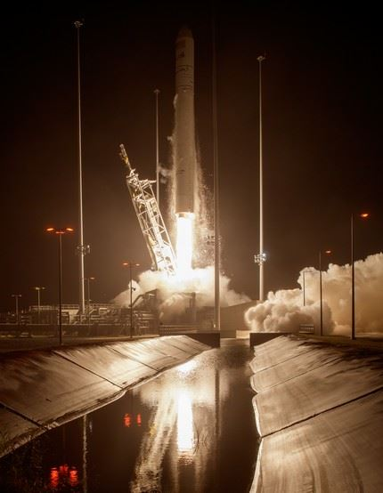 The Orbital ATK Antares rocket, with the Cygnus spacecraft onboard, launches from Pad-0A, Monday, Oct. 17, 2016 at NASA's Wallops Flight Facility in Virginia. Orbital ATK's sixth contracted cargo resupply mission with NASA to the International Space Station is delivering over 5,100 pounds of science and research, crew supplies and vehicle hardware to the orbital laboratory and its crew. Photo Credit: (NASA/Bill Ingalls)