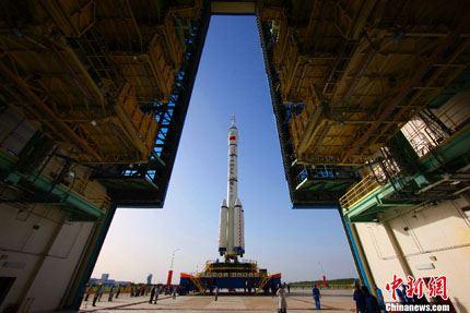 Shenzhou-10 na plataforma 07