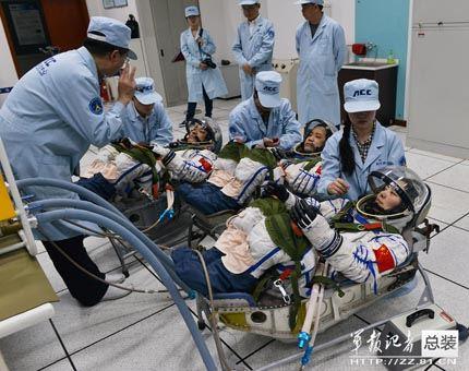 Shenzhou-10_3